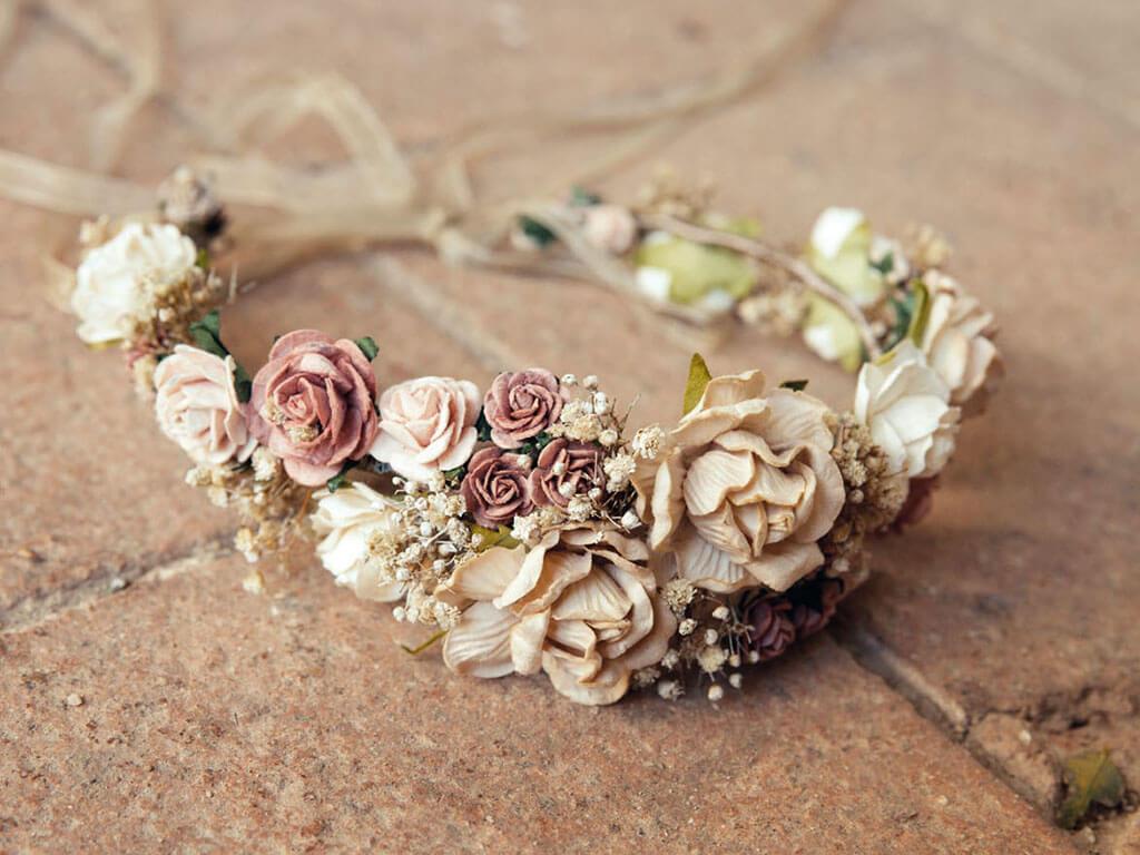 Corona con flores para Comunión
