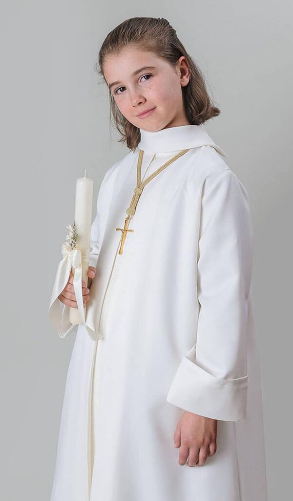 túnica para hacer la primera comunión
